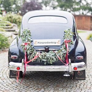 dekoracja-samochodu-girlanda